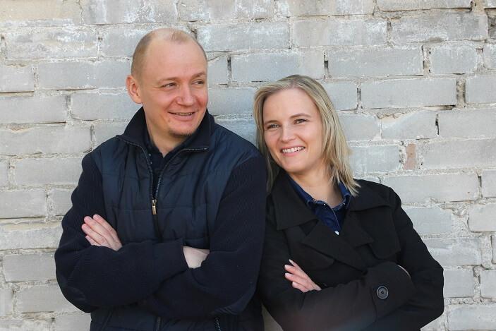 Nadine Pniok und Robert Frischbier von 2PaarSchultern